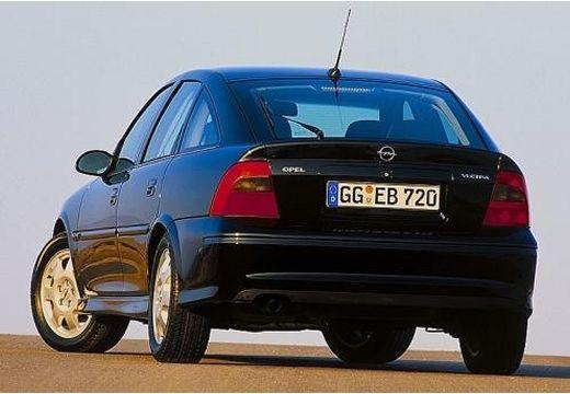 OPEL Vectra B II hatchback czarny tylny lewy
