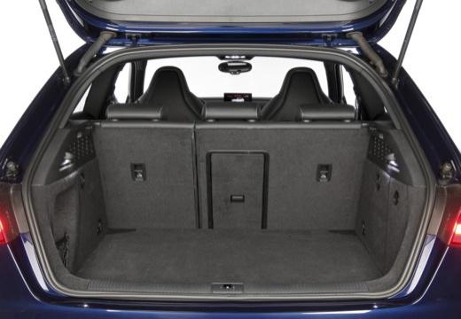 AUDI A3 8V hatchback przestrzeń załadunkowa