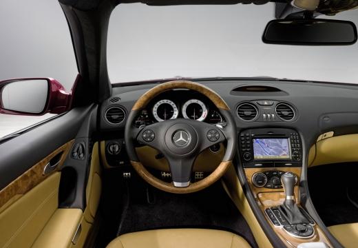 MERCEDES-BENZ Klasa SL roadster czerwony jasny tablica rozdzielcza