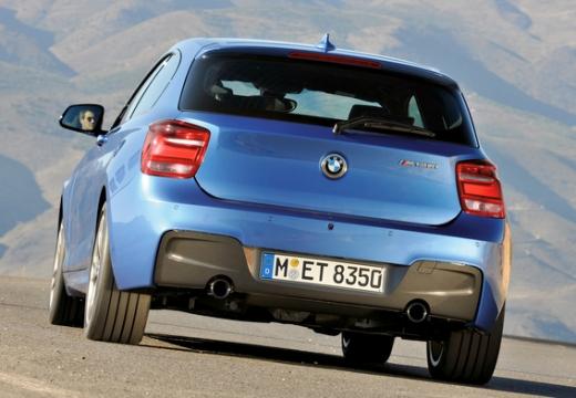 BMW Seria 1 F21 I hatchback niebieski jasny tylny lewy