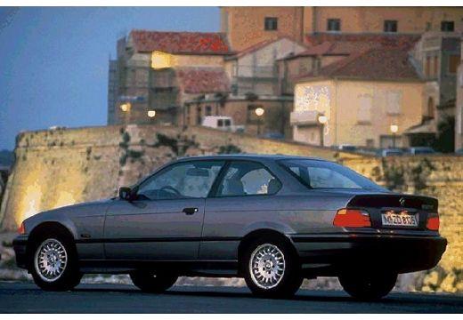 BMW Seria 3 E36 coupe szary ciemny tylny lewy