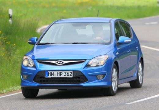 HYUNDAI i30 1.6 Comfort aut Hatchback II 126KM (benzyna)