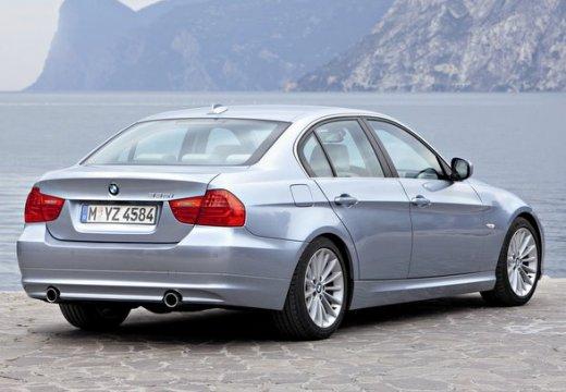 BMW Seria 3 E90 II sedan szary ciemny tylny prawy