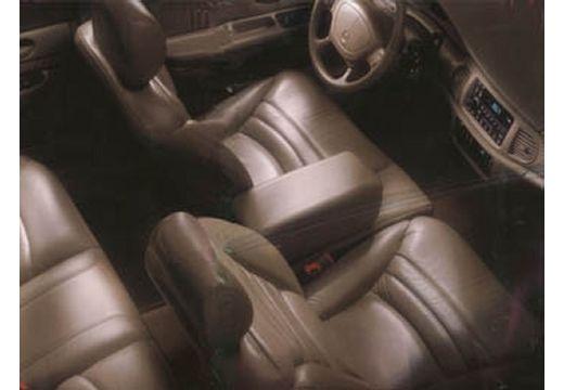 BUICK Century III sedan wnętrze
