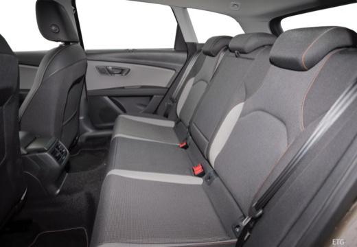 SEAT Leon kombi wnętrze