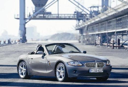 BMW Z4 E85 I roadster szary ciemny przedni prawy
