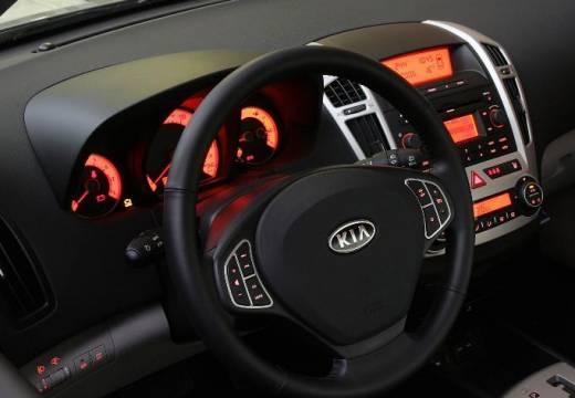 KIA Ceed I hatchback tablica rozdzielcza