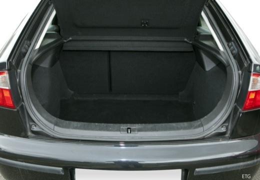 SEAT Leon I hatchback przestrzeń załadunkowa