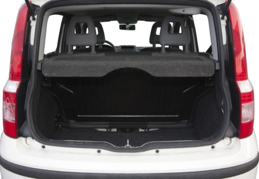 FIAT Panda II hatchback biały przestrzeń załadunkowa