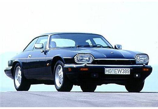 JAGUAR XJS coupe czarny przedni prawy