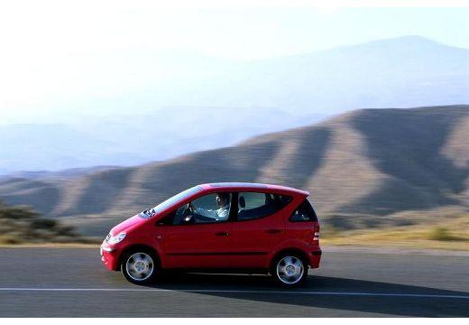 MERCEDES-BENZ Klasa A W 168 II hatchback czerwony jasny boczny lewy
