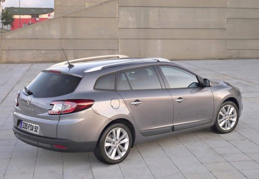 renault megane 1 9 dci bose edition kombi iii grandtour i 130km 2011. Black Bedroom Furniture Sets. Home Design Ideas
