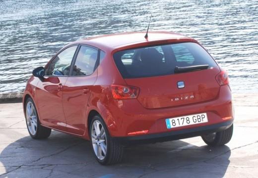 SEAT Ibiza V hatchback czerwony jasny tylny lewy