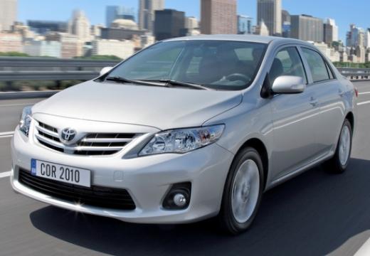 Toyota Corolla II sedan silver grey