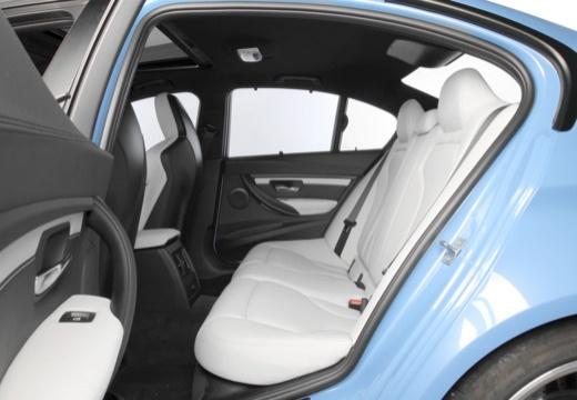 BMW Seria 3 F30 sedan wnętrze