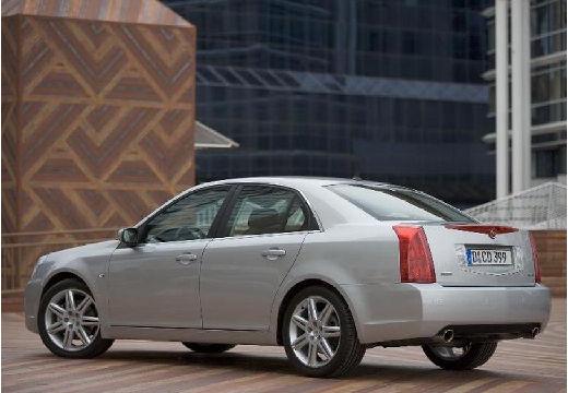CADILLAC BLS I sedan silver grey tylny lewy