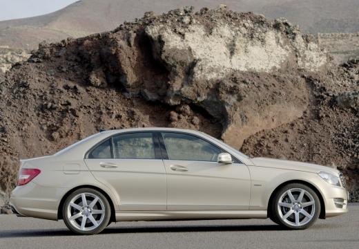 MERCEDES-BENZ Klasa C W 204 II sedan silver grey boczny prawy