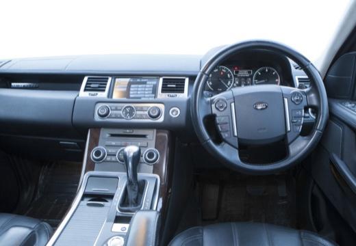 LAND ROVER Range Rover Sport III kombi czarny tablica rozdzielcza
