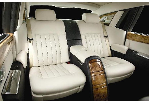 ROLLS-ROYCE Phantom I sedan wnętrze