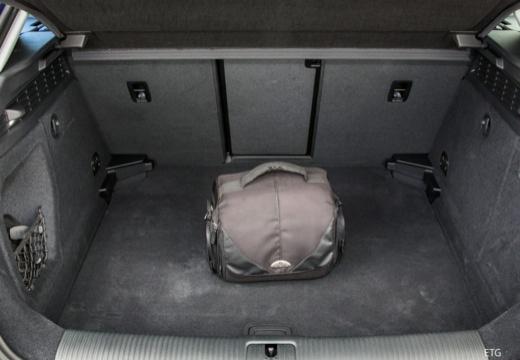 AUDI A3 Sportback 8V II hatchback przestrzeń załadunkowa