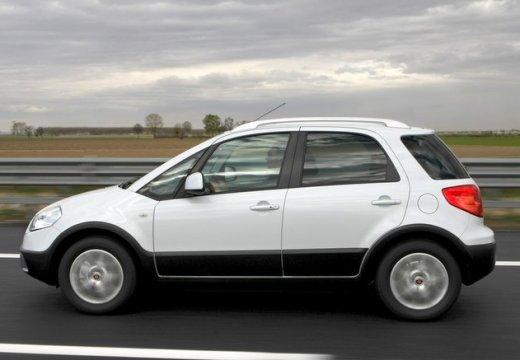 FIAT Sedici II kombi biały boczny lewy