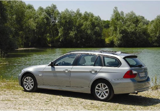 BMW Seria 3 Touring E91 I kombi silver grey tylny lewy