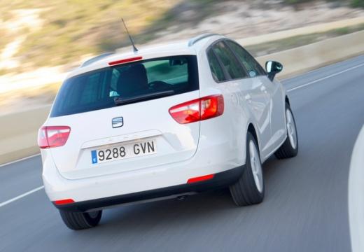 SEAT Ibiza ST I kombi biały tylny prawy