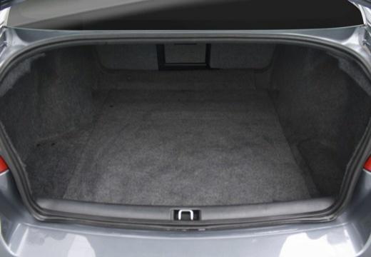 SAAB 9-5 III sedan przestrzeń załadunkowa