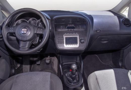 SEAT Toledo III hatchback tablica rozdzielcza