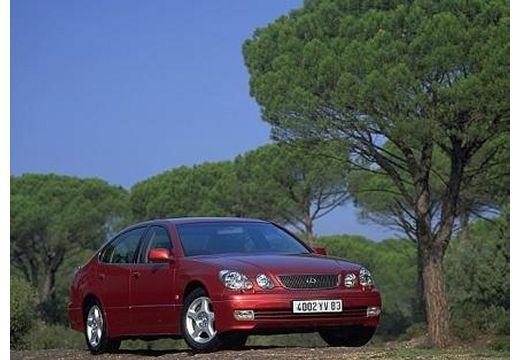 LEXUS GS sedan bordeaux (czerwony ciemny) przedni prawy