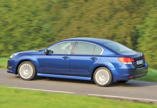 SUBARU Legacy VIII sedan niebieski jasny tylny lewy