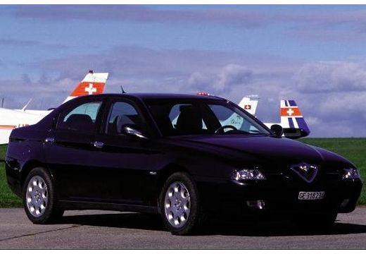 ALFA ROMEO 166 I sedan czarny przedni prawy