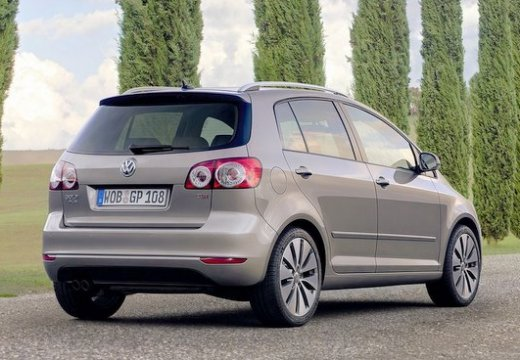 VOLKSWAGEN Golf VI Plus hatchback