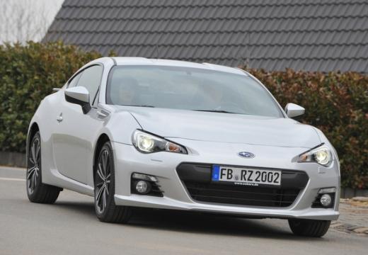 SUBARU BRZ coupe silver grey przedni prawy