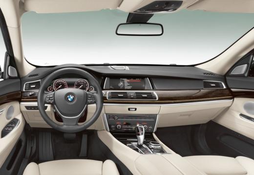 BMW Seria 5 Gran Turismo hatchback tablica rozdzielcza