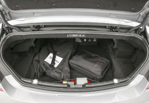 BMW Seria 6 kabriolet przestrzeń załadunkowa