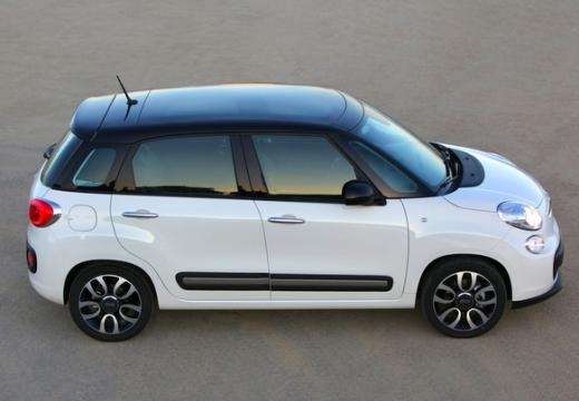 FIAT 500 L I hatchback biały boczny prawy