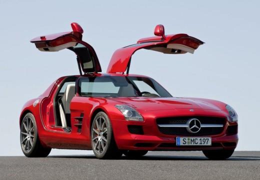 MERCEDES-BENZ SLS coupe czerwony jasny przedni prawy