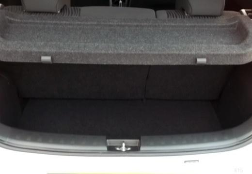 SUZUKI Swift III hatchback przestrzeń załadunkowa