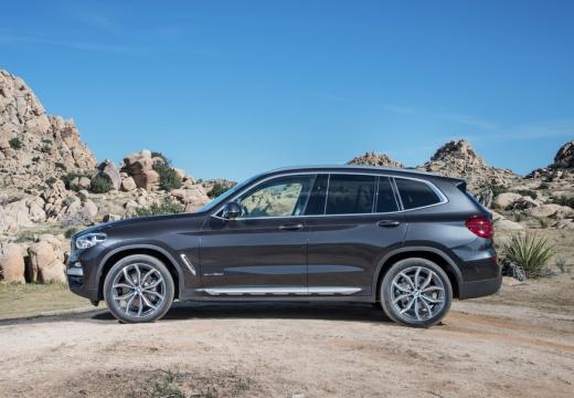BMW X3 kombi silver grey boczny lewy