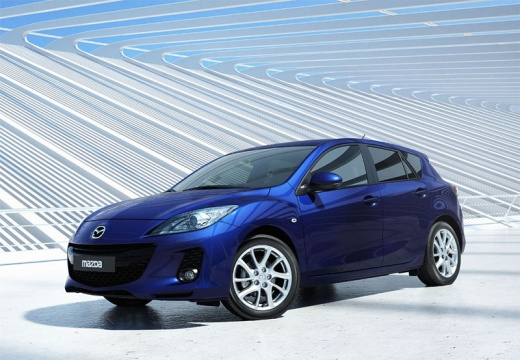 MAZDA 3 IV hatchback niebieski jasny