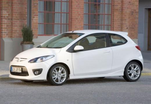 MAZDA 2 II hatchback biały przedni lewy