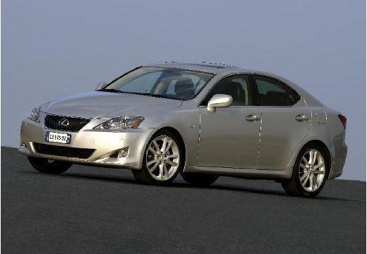 LEXUS IS II sedan silver grey przedni lewy