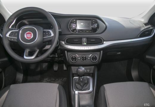 FIAT Tipo sedan tablica rozdzielcza