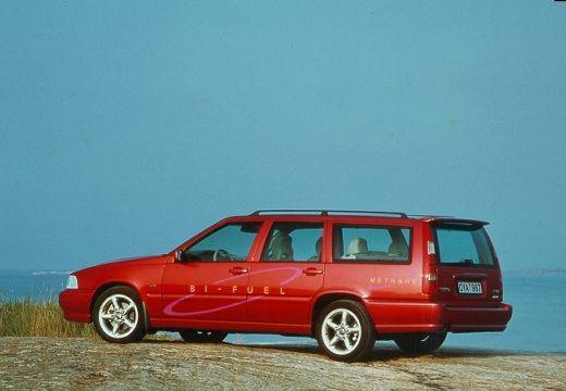VOLVO V70 Classic kombi czerwony jasny tylny lewy