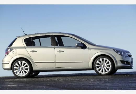 OPEL Astra III II hatchback silver grey boczny lewy