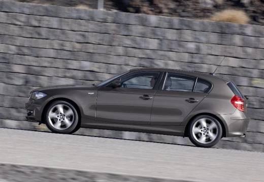 BMW Seria 1 E87 II hatchback brązowy boczny lewy