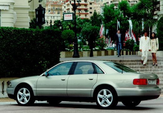 AUDI A8 /S8 D2 sedan silver grey tylny lewy