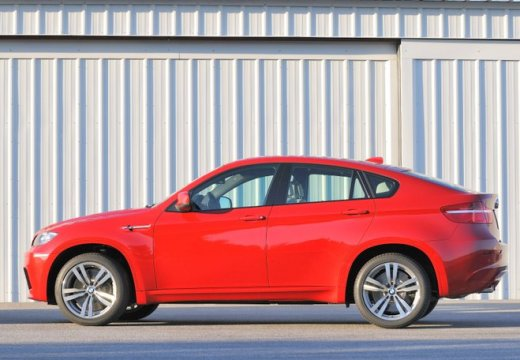 BMW X6 X 6 E71 hatchback czerwony jasny boczny lewy