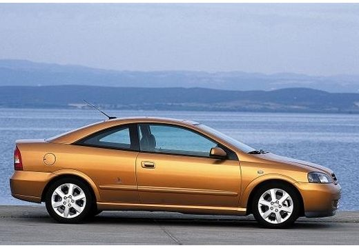 opel astra ii coupe 1 8 bertone 125km 2000. Black Bedroom Furniture Sets. Home Design Ideas